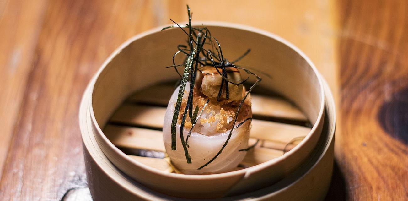 Gunkan de merluza y foie